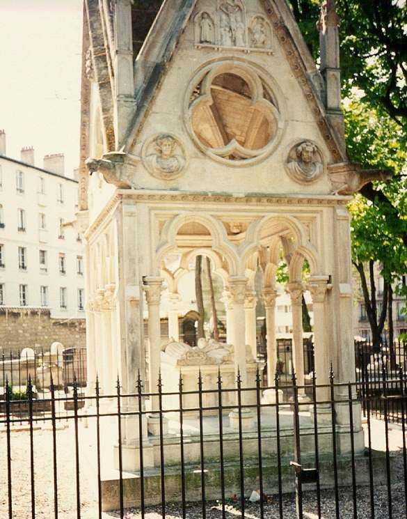 Túmulo de Abelardo e Heloisa