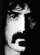 Frank Zappa, um dos artistas do rock que mais foi influênciado pelas teorias de Stockhausen.
